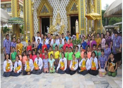 培知公学欢度2015年三宝佛节